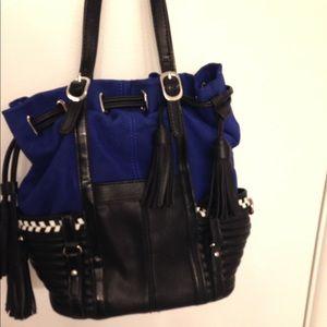 Gwen Stefani Zushi Accordion Bucket Bag